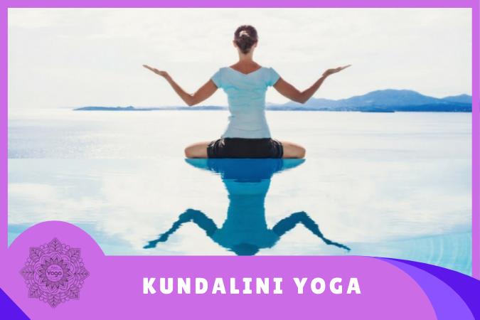 Kundalini Yoga mujer meditando