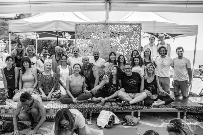 ruben hormigo yoga en estepona clases de yoga grupales y privadas